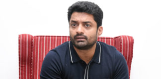 Kalyan Ram Stills From 118 Movie Promotions, Hero Kalyan Ram Latest Images From 118 Movie Promotions, Nandamuri Kalyan Ram Photos From 118 Promotions, Actor Kalyan Ram From 118 Movie Pics, Telugu Filmnagar, Tollywood Celebrities Photo Gallery, Tollywood Celebs Photos